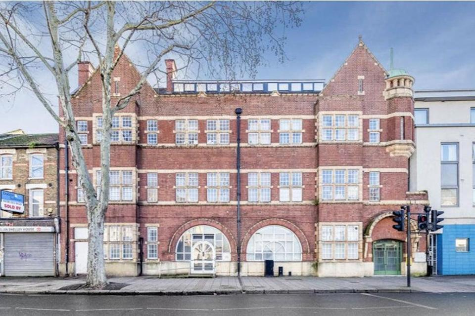 £300,000: a two-bedroom flat in Fairbairn Hall, Canning Town (Rightmove)
