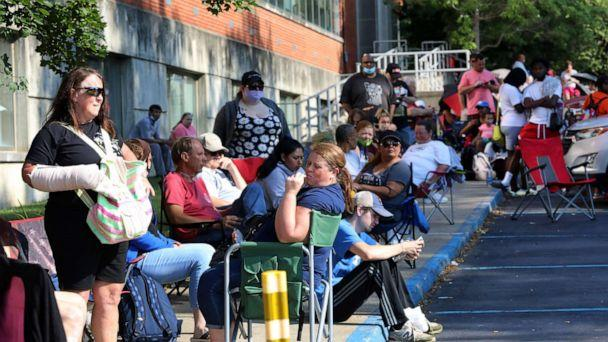 PHOTO: Hundreds of unemployed Kentucky residents wait in long lines outside the Kentucky Career Center for help with their unemployment claims, June 19, 2020, in Frankfort, Ky. (John Sommers Ii/Getty Images)
