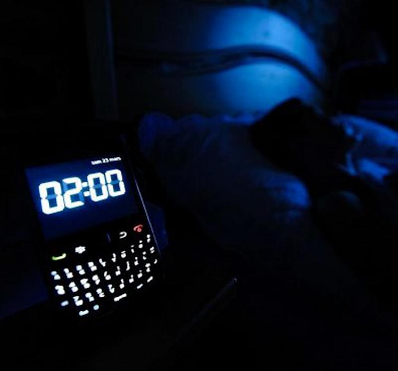 Temporary blindness tied to smartphone use in the dark