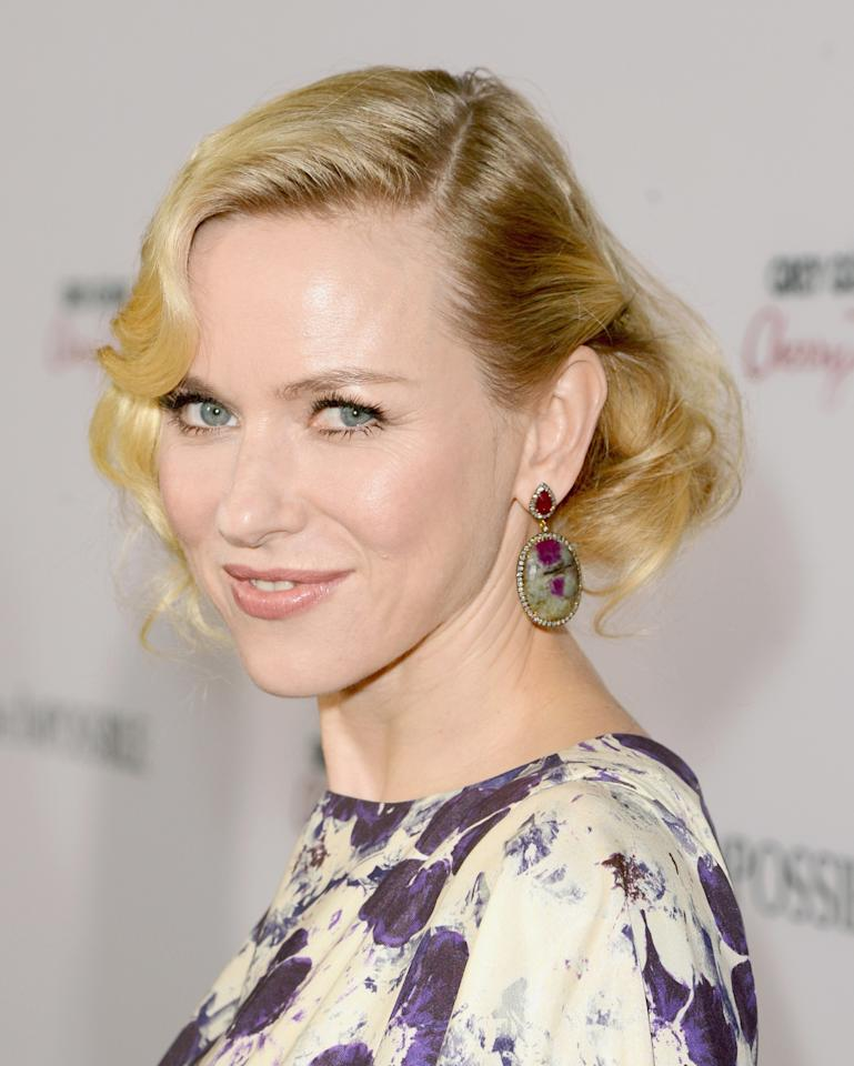 """HOLLYWOOD, CA - DECEMBER 10:  Actress Naomi Watts attends the Los Angeles premiere of Summit Entertainment's """"The Impossible"""" at ArcLight Cinemas Cinerama Dome on December 10, 2012 in Hollywood, California.  (Photo by Jason Merritt/Getty Images)"""
