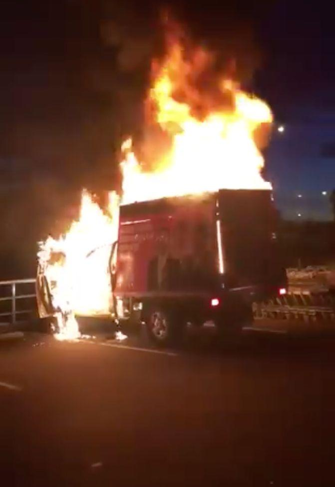The One Nation campaign truck was engulfed by flames in Tasmania on Sunday night. Source: Twitter