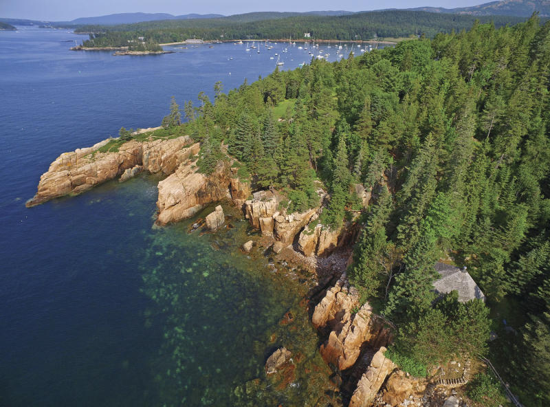 David Rockefeller's Maine summer home sells for $19 million