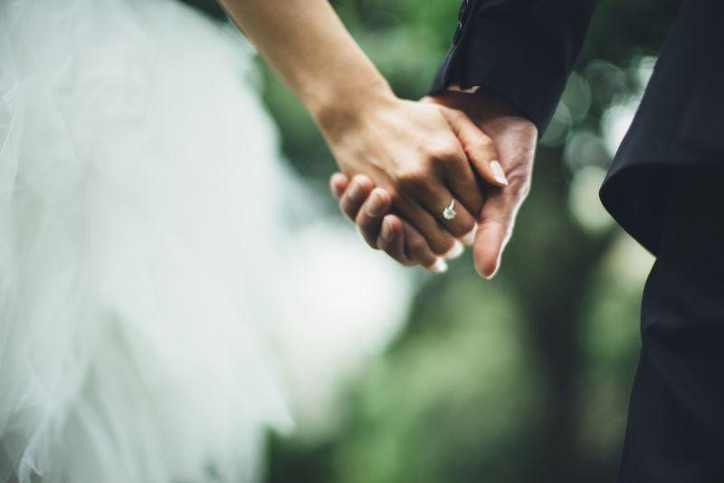 Is it ever a good idea to change your wedding date for a sick loved one?