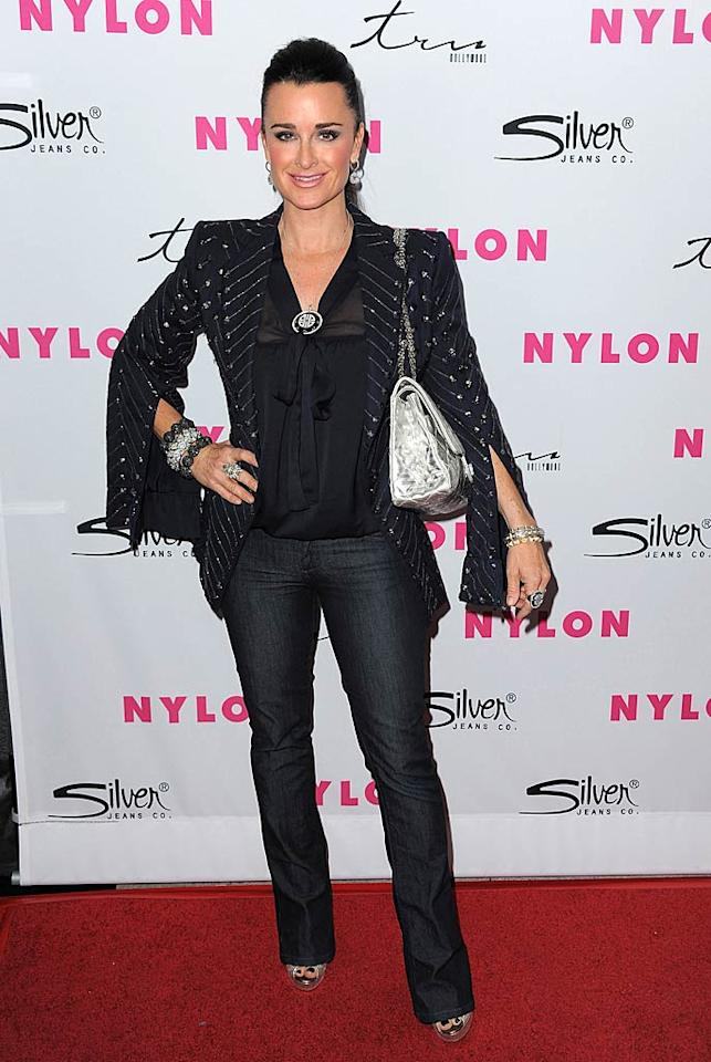 """Real Housewives of Beverly Hills"" star Kyle Richards popped a pose in a cute embellished navy brazer and tailored denim. Jordan Strauss/<a href=""http://www.wireimage.com"" target=""new"">WireImage.com</a> - March 24, 2011"