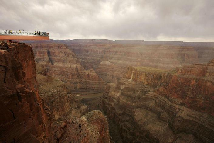 <p>The skywalk that hangs over the edge of the Grand Canyon, Arizona. // March 20, 2007</p>