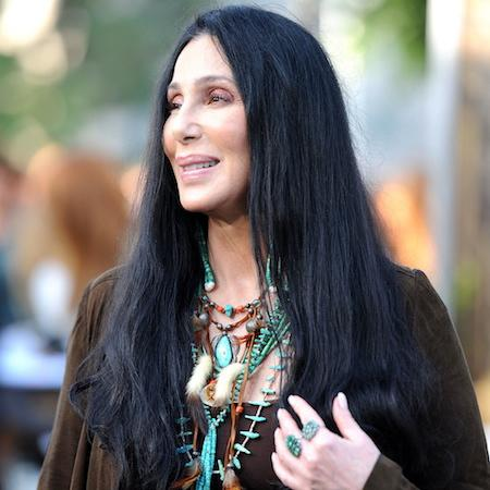 Cher shocks fans with visit