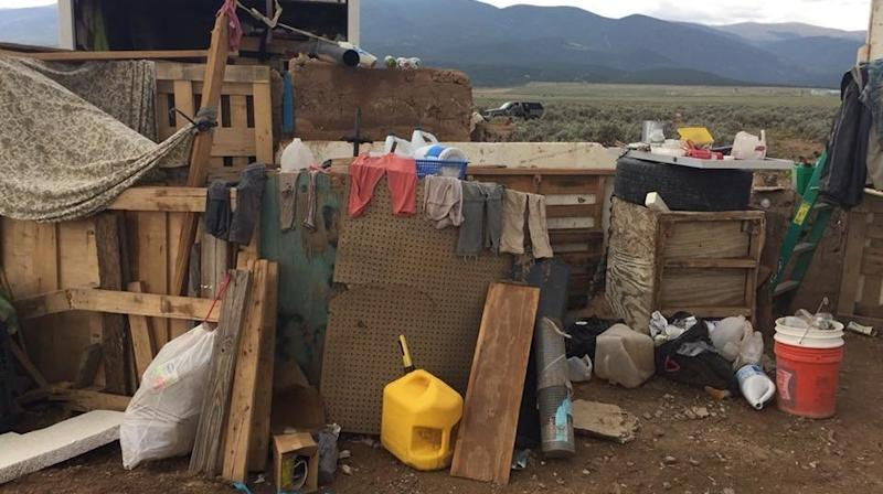 Police Locate 11 Children Living In Decrepit New Mexico Compound