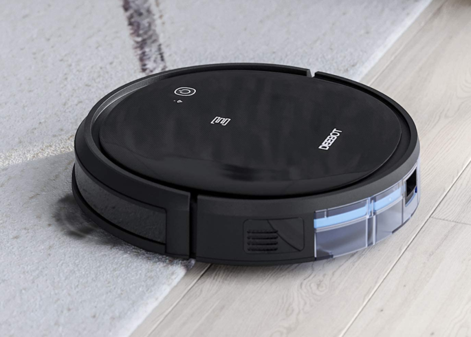 Save $124 on this top-rated robot vacuum. (Photo: Amazon)