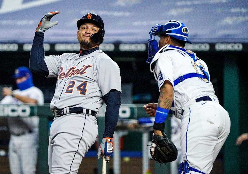 Detroit Tigers hitter Miguel Cabrera & # xa0;  (24), who was at Kauffman Stadium on September 25, 2020 after striking out during the first inning against the Kansas City Royals on Friday.