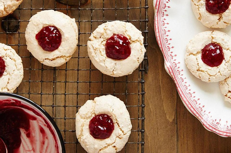 """<p>These German raspberry-hazelnut macaroons require just five ingredients and are extremely no-fuss. Says Berlin-based blogger Luisa Weiss, """"You just throw the dough together, heat up some jam and you're almost there.""""<b> <a href=""""http://www.foodandwine.com/recipes/haselnussmakronen"""" rel=""""nofollow noopener"""" target=""""_blank"""" data-ylk=""""slk:Get the Raspberry-Hazelnut Macaroons recipe on Food & Wine"""" class=""""link rapid-noclick-resp"""">Get the Raspberry-Hazelnut Macaroons recipe on Food & Wine</a></b>. (<i>Photo: Food & Wine)</i></p>"""