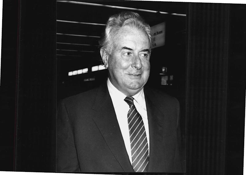 Gough & Margaret Whitlam, returns from 4 week overseas trip.He refused to speak with reporters, at the Airport. March 23, 1983. (Photo by Antony Matheus Linsen/Fairfax Media via Getty Images).