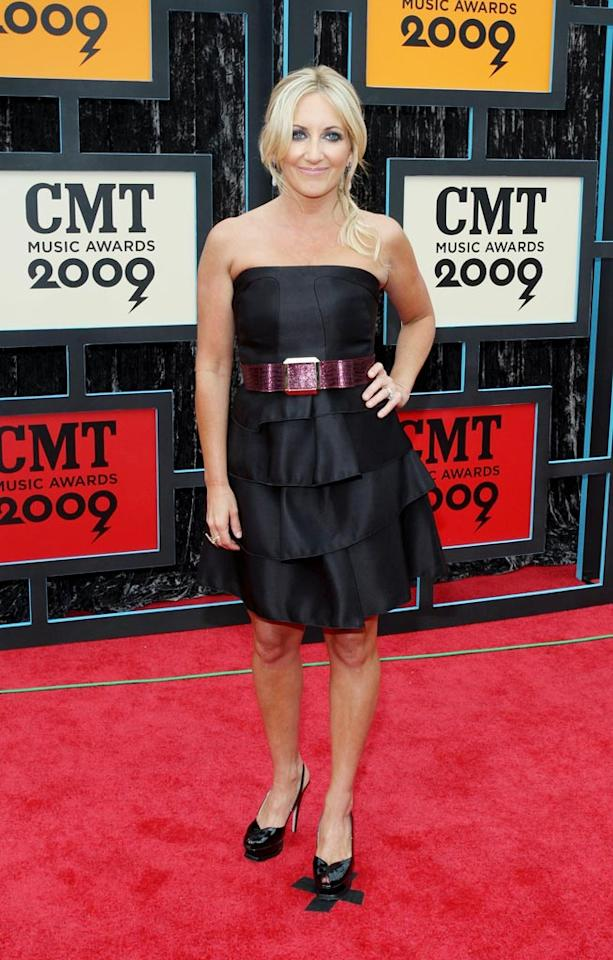 """Lee Ann Womack failed to impress in a tiered black frock and cheap-looking belt. Frederick Breedon/<a href=""""http://filmmagic.com/"""" target=""""new"""">FilmMagic.com</a> - June 16, 2009"""