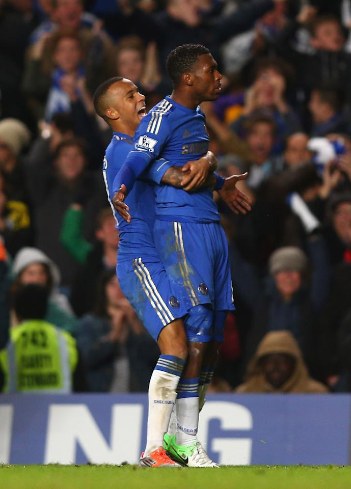 LONDON, ENGLAND - OCTOBER 31:  Daniel Sturridge (R) of Chelsea celebrates his goal with Ryan Bertrand during the Capital One Cup Fourth Round match between Chelsea and Manchester United at Stamford Bridge on October 31, 2012 in London, England.  (Photo by Clive Rose/Getty Images)
