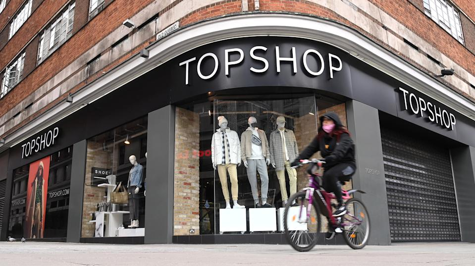 """LONDON, ENGLAND - NOVEMBER 27: A general view of a Topshop store on Oxford Street today on November 27, 2020 in London, England. British fashion empire Arcadia, which owns Topshop stores, announced Friday it was evaluating several """"rescue options"""" to save its brands after media reports suggested an imminent bankruptcy attributed to the coronavirus pandemic. Bankruptcy of the group, which has 13,000 employees and more than 500 stores, would be a thunderclap in British commerce, already hit hard by the health crisis and the rise in online shopping. (Photo by Karwai Tang/WireImage)"""
