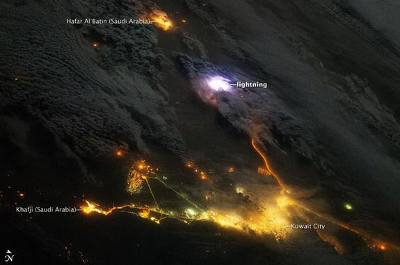 Stunning Lightning Above Mideast Seen from Space (Photo)