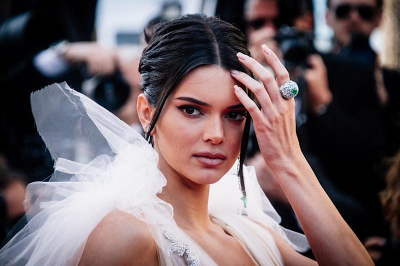 """Kendall Jenner Refers to Other Models as """"Those Girls,"""" and Those Girls Aren't Happy"""