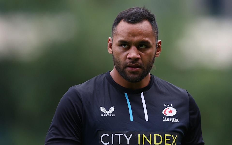Billy Vunipola of Saracens looks on as he warms up prior to the Pre-Season friendly match between Saracens and Ulster at StoneX Stadium on September 09, 2021 in Barnet, England. - GETTY IMAGES