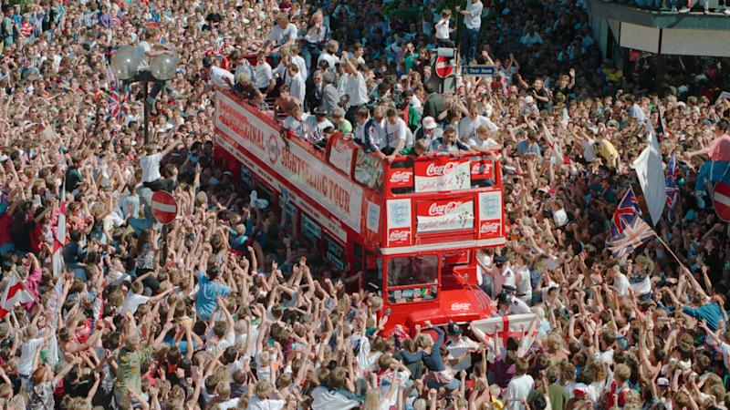 <p>The PM invited the national team to Number 10 after they returned from Italy after losing on penalties to West Germany in the semi-finals.</p>