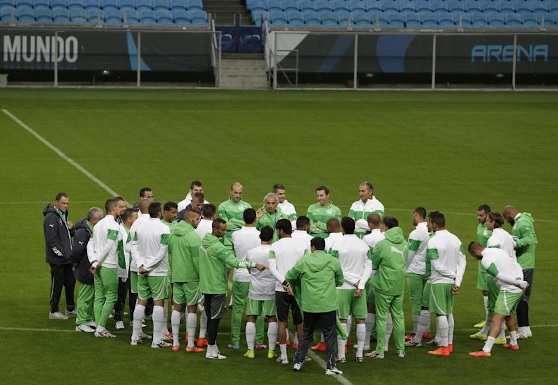 Algeria coach: fasting up to players at World Cup
