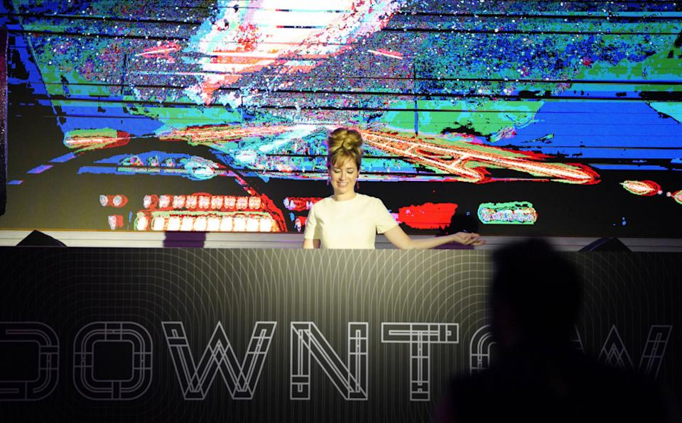 A DJ taking over Downtown stage at Singapore F1. (PHOTO: Singapore GP)