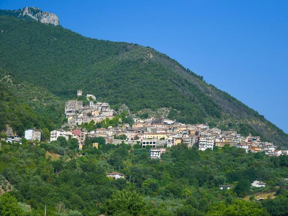 Panoramic view of Maenza, a medieval town in the mountains of the Lazio region, Italy (Getty Images/iStockphoto)