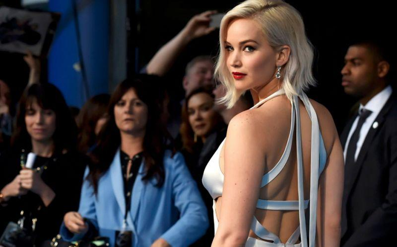 Jennifer Lawrence still suffers from the effects of revenge porn - Reuters