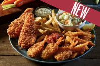 <p>Bob Evans has a seafood platter that includes fried shrimp, clam strips, and crispy flounder fillets. It is served with tartar sauce, cocktail sauce, two sides of your choice, and rolls. </p>