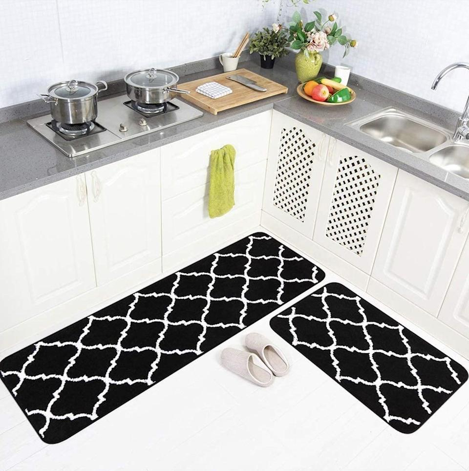 <p><span>Carvapet 2 Pieces Microfiber Moroccan Trellis Kitchen Mat</span> ($29, originally $50)</p>