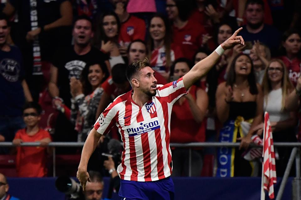 Atletico Madrid's Mexican midfielder Hector Herrera celebrates his equaliser. (Photo by JAVIER SORIANO / AFP)        (Photo credit should read JAVIER SORIANO/AFP/Getty Images)