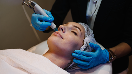 Hydrafacial: Is this Popular Celebrity Facial Worth Your 30 Minutes?