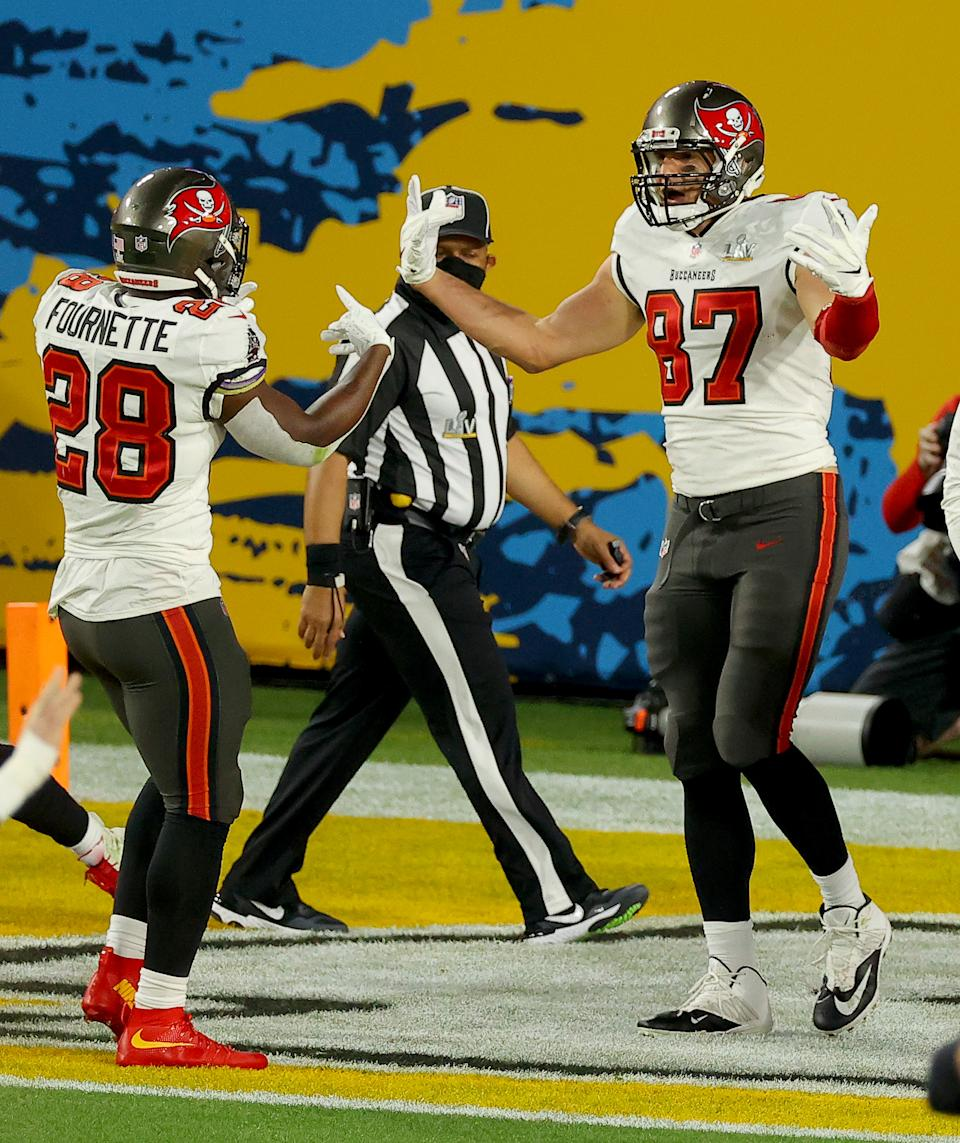 Bucs tight end Rob Gronkowski (87) celebrates the first first-quarter Super Bowl touchdown of Tom Brady's career. (Photo by Kevin C. Cox/Getty Images)