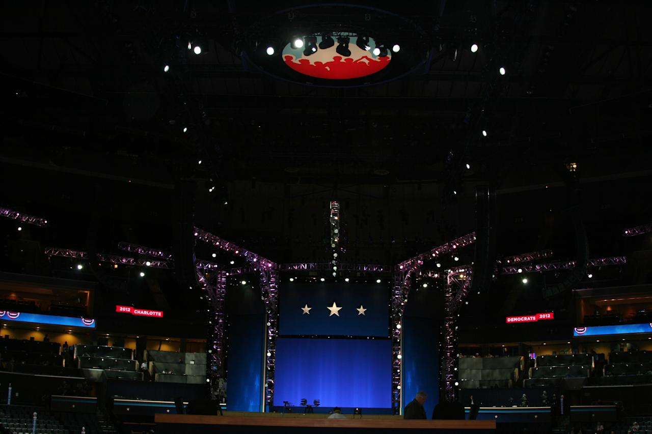 Technicians test out the lighting on the stage inside the arena at the Democratic National Convention on Thursday Sept. 6, 2012. (Torrey AndersonSchoepe/Yahoo! News)