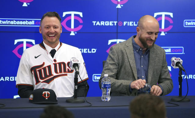 The Minnesota Twins new third baseman Josh Donaldson, left, and manager Rocco Baldelli, laugh during a baseball news conference Wednesday, Jan. 22, 2020, at Target Field in Minneapolis. (Brian Peterson/Star Tribune via AP)