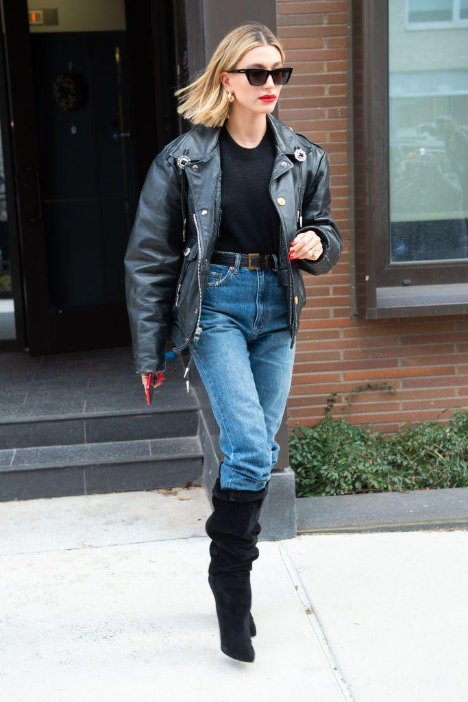 "<p>The model tried out the <a href=""https://www.elle.com/uk/fashion/street-style/a30994578/diana-tuck-trouser-boot-styling-trick/"" rel=""nofollow noopener"" target=""_blank"" data-ylk=""slk:Diana Tuck"" class=""link rapid-noclick-resp"">Diana Tuck</a> while out in New York. The 23 year-old stepped out in a simple outfit of jeans, knee-high boots, a black t-shirt and leather jacket. </p>"