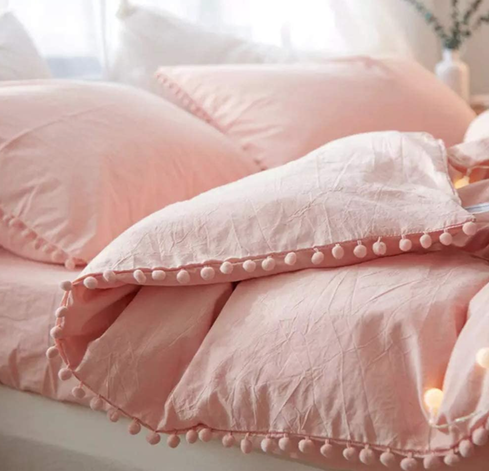 18 Best Affordable Duvet Covers You Can Buy On Amazon
