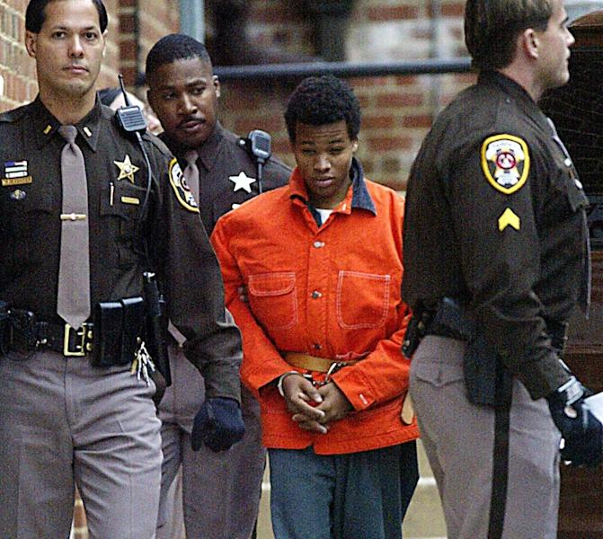 "The Supreme Court is to hear arguments in the case of ""Washington sniper"" Lee Boyd Malvo, seen here in 2002 (AFP Photo/LUKE FRAZZA)"