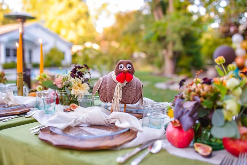 The Turkey on the Table centerpiece encourages gratitude and helps feed the hungry | Megan Gery Photography