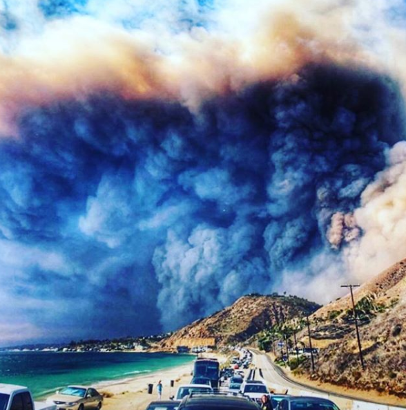 A photo of the smoke from the fires raging in Malibu, California back November 2018.