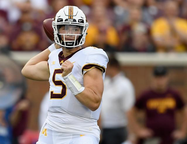 "Minnesota true freshman walk-on quarterback <a class=""link rapid-noclick-resp"" href=""/ncaaf/players/286835/"" data-ylk=""slk:Zack Annexstad"">Zack Annexstad</a> received a call from <a class=""link rapid-noclick-resp"" href=""/nfl/players/30971/"" data-ylk=""slk:Baker Mayfield"">Baker Mayfield</a>, the only other walk-on true freshman to start at a major program, on the eve of his first game last week. (Getty Images)"