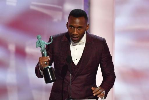 """""""Green Book"""" star Mahershala Ali takes home the SAG Award for best supporting actor -- and solidified his position as the man to beat at next month's Oscars"""