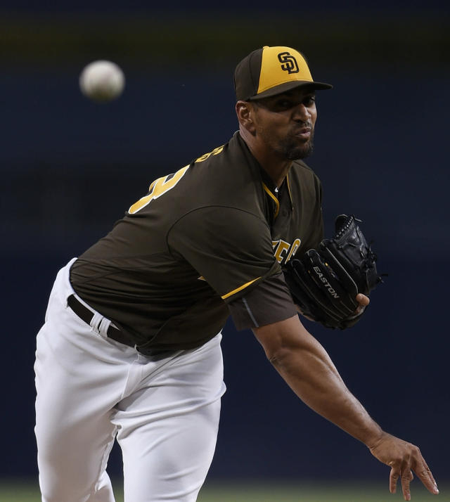 San Diego Padres starting pitcher Tyson Ross throws to San Francisco Giants' Brandon Belt during the first inning of a baseball game in San Diego, Friday, April 13, 2018. (AP Photo/Kelvin Kuo)