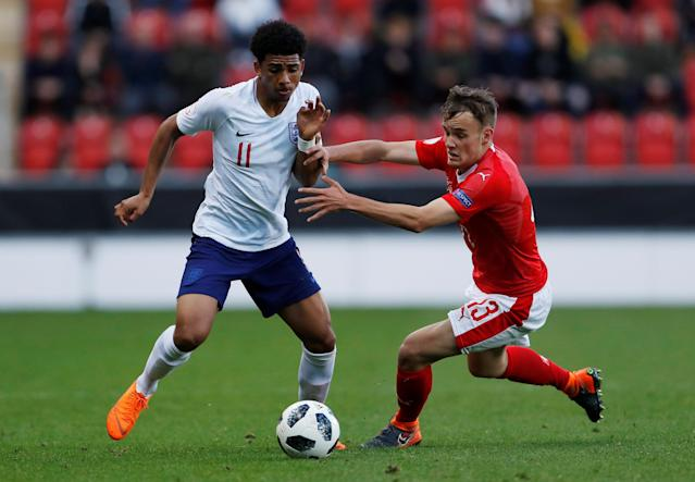 Soccer Football - UEFA European Under-17 Championship - Group A - Switzerland v England - AESSEAL New York Stadium, Rotherham, Britain - May 10, 2018 England's Xavier Amaechi in action with Switzerland's Jan Wornhard Action Images via Reuters/Lee Smith