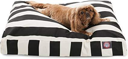 "<h3><a href=""https://amzn.to/2qwAeea"" rel=""nofollow noopener"" target=""_blank"" data-ylk=""slk:Striped Pet Bed"" class=""link rapid-noclick-resp"">Striped Pet Bed</a> </h3><br>Upgrade a fur parent's bedding game with this Parisian-chic striped style. <br><br><strong>majestic pet</strong> Striped Rectangle Pet Bed, $, available at <a href=""https://amzn.to/2qwAeea"" rel=""nofollow noopener"" target=""_blank"" data-ylk=""slk:Amazon"" class=""link rapid-noclick-resp"">Amazon</a>"