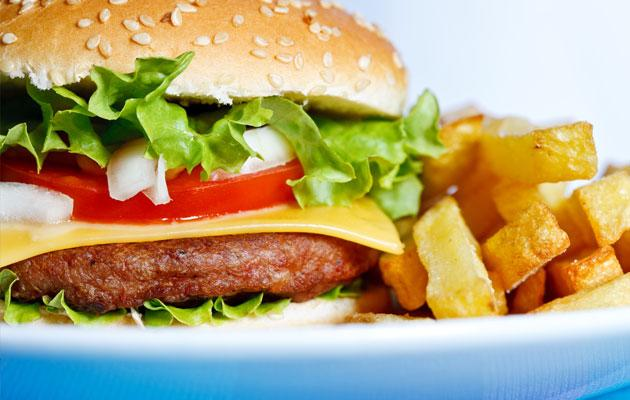 Learn why fast food is bad for health (Thinkstock photo)