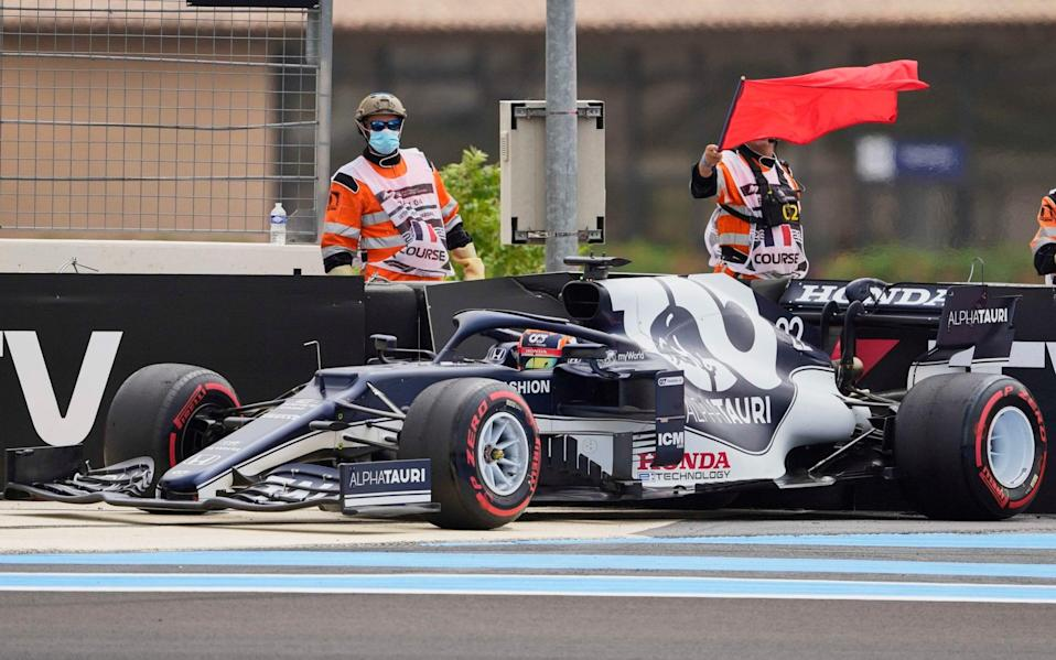 Alpha Tauri driver Yuki Tsunoda of Japan crashes during the qualifying session ahead the French Formula One Grand Prix at the Paul Ricard racetrack in Le Castellet, southern France, Saturday, June 19, 2021. The French Grand Prix will be held on Sunday. - AP Photo/Francois Mori)
