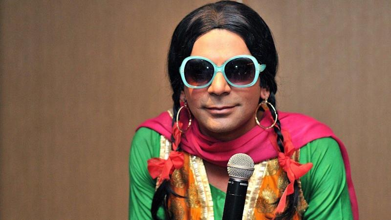 Sunil Grover Rocks Delhi as Mashoor Gulati Minus Kapil Sharma