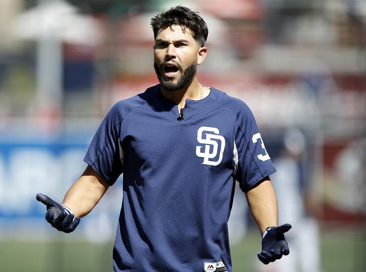 Eric Hosmer's unlikely mistake proved costly as the Padres lost 1-0 to the Astros. (AP)