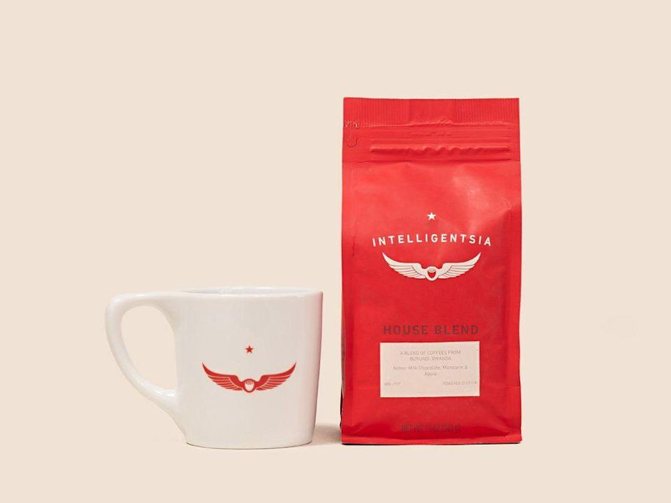 "<p>intelligentsia.com</p><p><strong>$27.20</strong></p><p><a href=""https://www.intelligentsia.com/products/signature-set-bundle"" rel=""nofollow noopener"" target=""_blank"" data-ylk=""slk:BUY IT HERE"" class=""link rapid-noclick-resp"">BUY IT HERE</a></p><p>For a thoughtful but low-key gift—maybe for a new boyfriend's birthday—capitalize on his love for coffee with a fresh flavor and new mug. </p>"