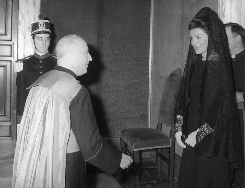 <p>The former First Lady attends a private audience with Pope Paul VI at the Vatican. </p>