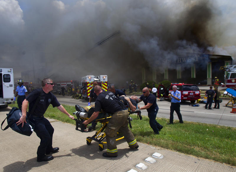 Somber crowd gathers to honor Texas firefighters